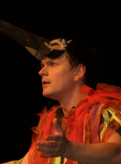 Papageno spielt auf der Zauberflöte